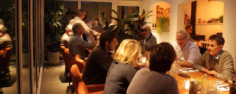 Vergadering bij Le Brasseur